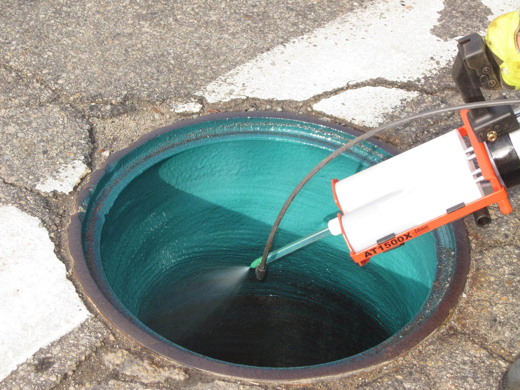 EasySeal SG™ Manhole Frame-Chimney Sealant